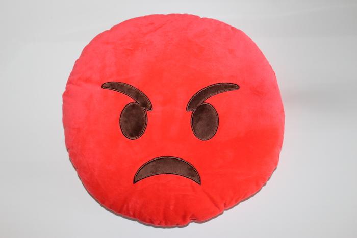 Image of   Emoji smiley puder ( Angry)